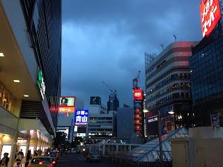 コマ劇跡地の高層ビル/新宿駅から撮影