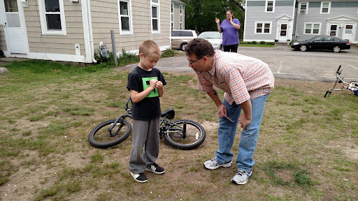 Pastor Gordon talking with one of the kids afterwards.
