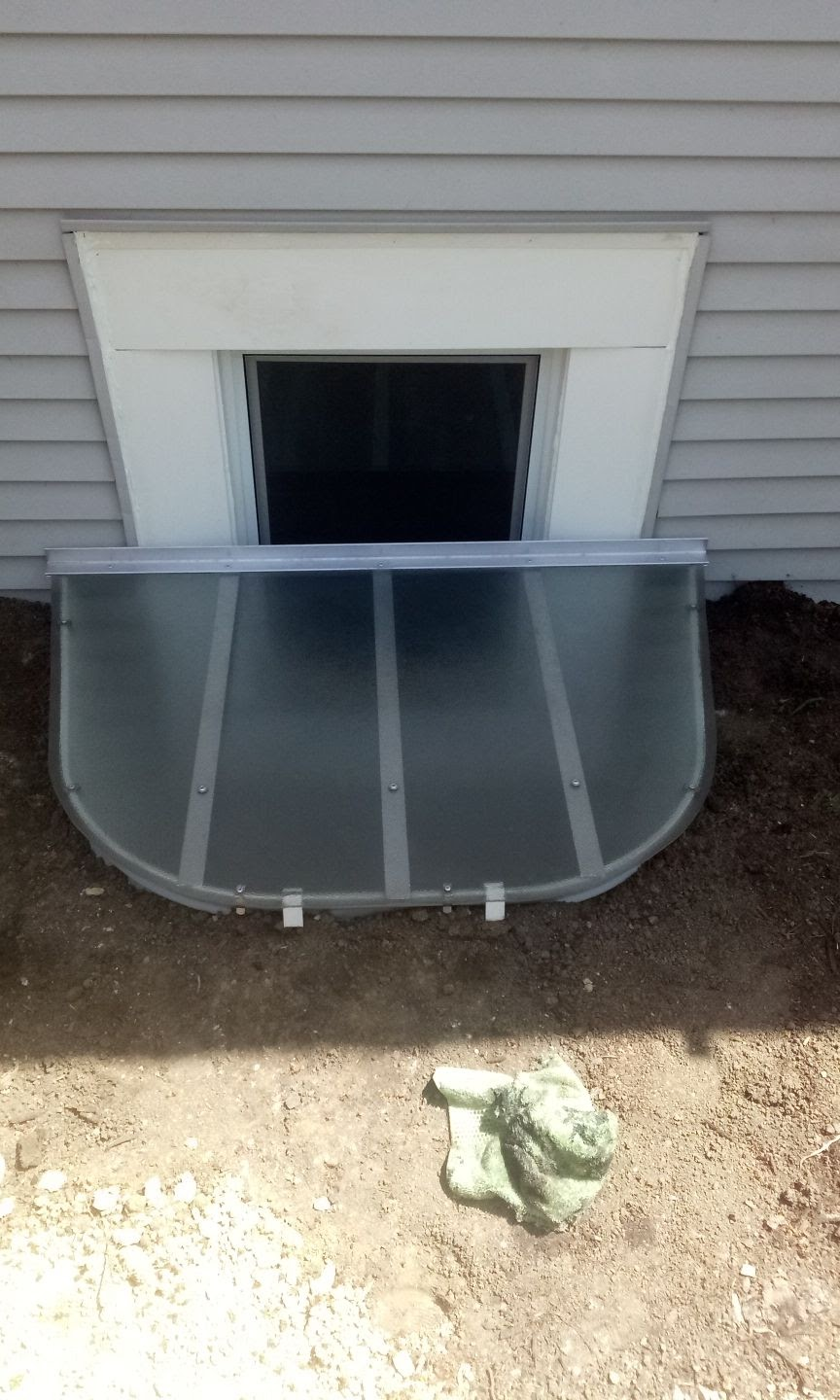 New Lenox, IL-HandyManny Custom Window Well Covers