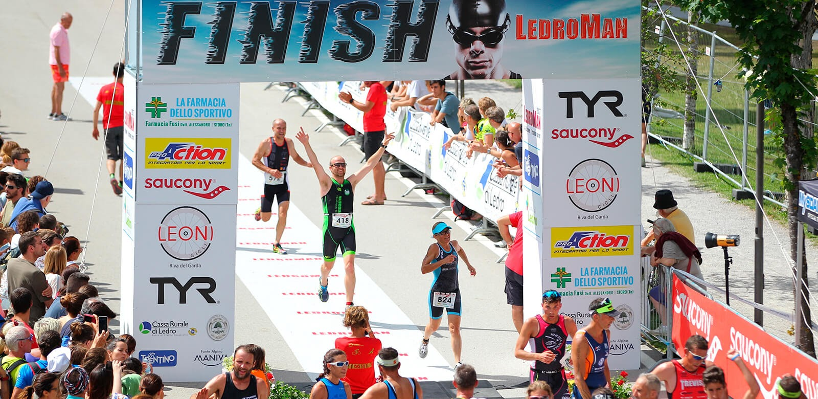 ledroman-2017-triathlon-finish.jpg