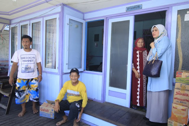 Beri Semangat Korban Kebakaran Basirih, Hj Ananda Siap Perjuangkan Nasib Ibu dan Perempuan