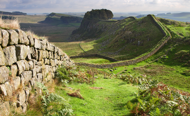 Hadrian's Wall borders connected through light