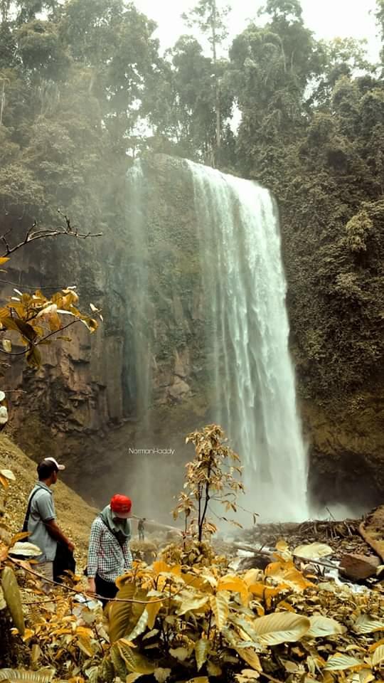 Air Terjun Semantung Bangkuang Di Basungan Lampung Barat Perjalananku