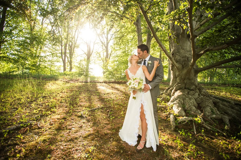 Caitlin and Chris - Blueflash Photography 452.jpg