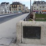 Pont aspirant de Rougé : plaque commémorative