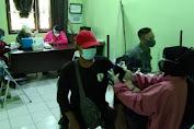 Peringati HUT Bhayangkara Ke-75, Kapolsek Subang Gelar Suntik Vaksin di Puskesmas Cikalapa dan Sukarahayu