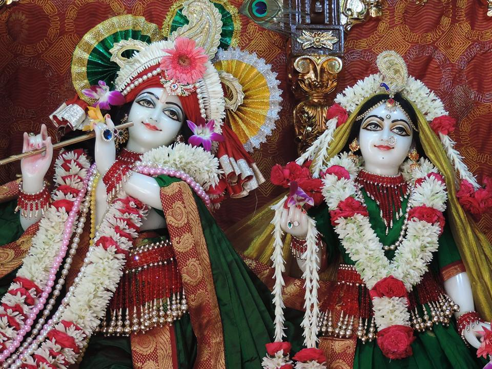 ISKCON Bangalore Deity Darshan 23 Dec 2015 (1)