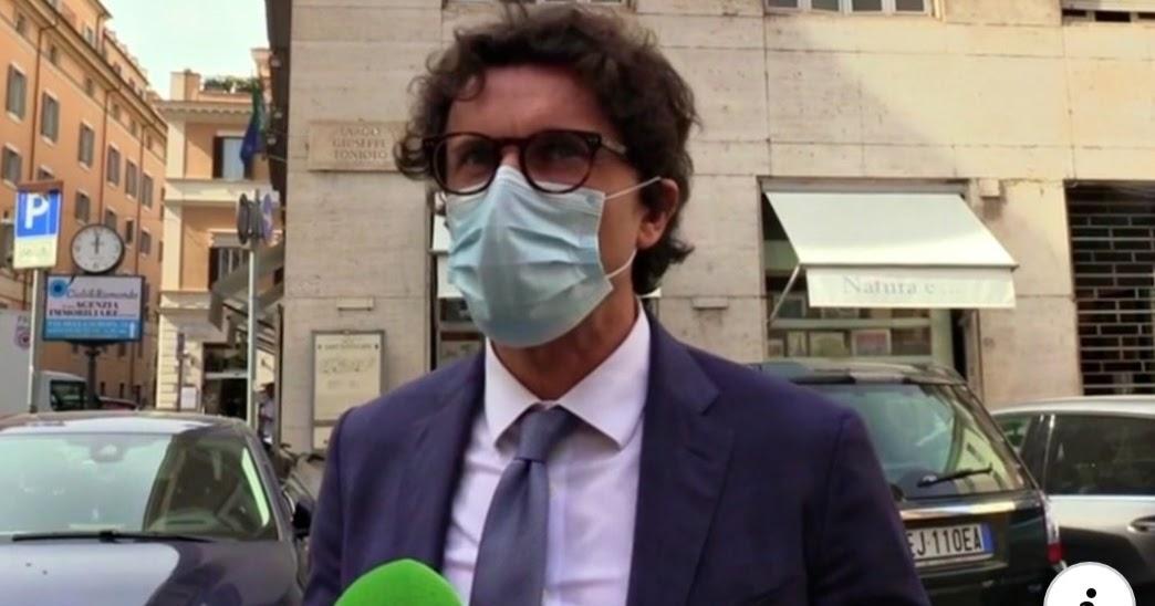 """Autostrade, Toninelli: """"La soluzione è la revoca. Stiamo cercando di ottenere i voti dal Pd in Aula, Salvini non ce li diede"""""""