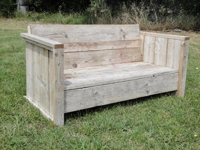 cr er son canap soi m me. Black Bedroom Furniture Sets. Home Design Ideas