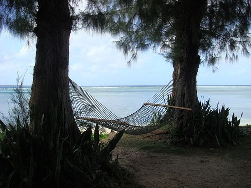 [hammock+on+the+beach%5B3%5D]