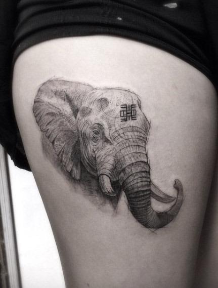 Este realista preto e cinza tinta elefante
