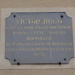 Maison de Saint Valry : plaque commémorative à Victor Hugo