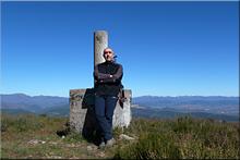 Peña Placias mendiaren gailurra 1.022 m. --  2015eko apirilaren 4an