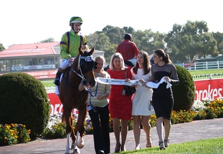 oakleigh plate_flamberge 3
