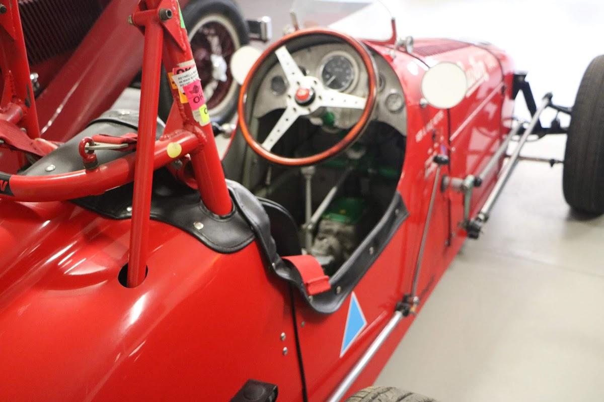 Carl_Lindner_Collection - Austin A40 13.jpg
