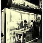 20120619-01-coffee-machine-mirror.jpg