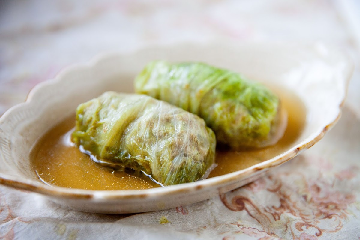 ニラたっぷり 春キャベツ餃子(ノンストップで紹介)のレシピ クラシル