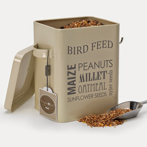 Bird Feed Tin With Scoop