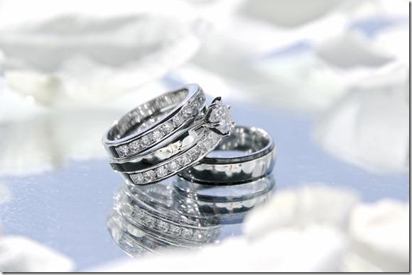 wedding-rings-2364418_640