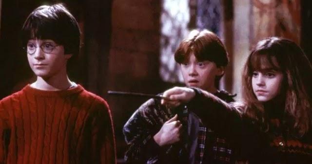 Filme Harry Potter e a Pedra Filosofal completa 20 anos