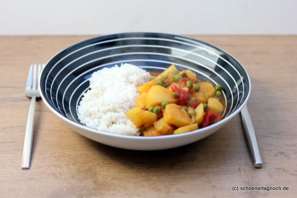 Veganes Kartoffel-Erbsen-Curry