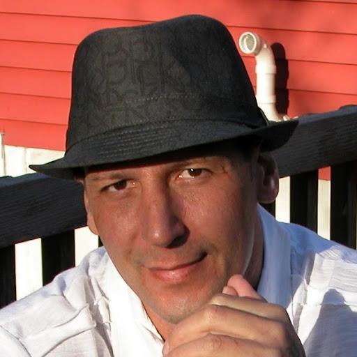 Richard Lariviere Photo 14