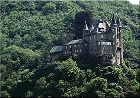 Castillo Katz, margen derecha