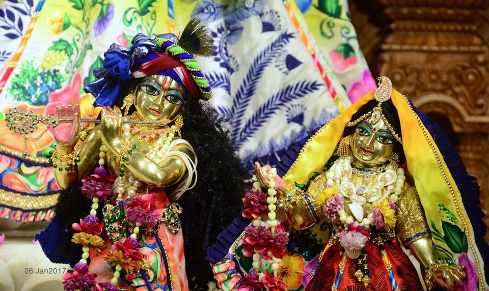 ISKCON GEV Deity Darshan 06 Jan 2017 (4)