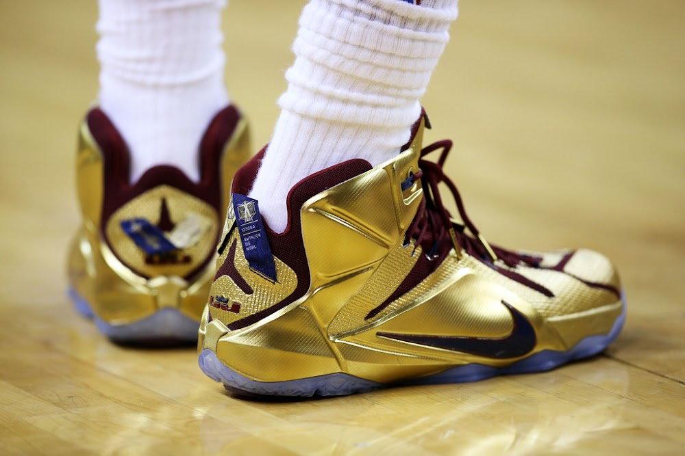 lbj wears shiny nike lebron 12 quotcavs goldquot finals pe in