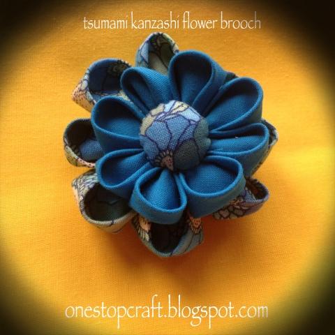 tsumami kanzashi flower brooch