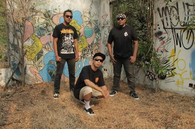 Launching album Dead Vertical bertajuk XVII