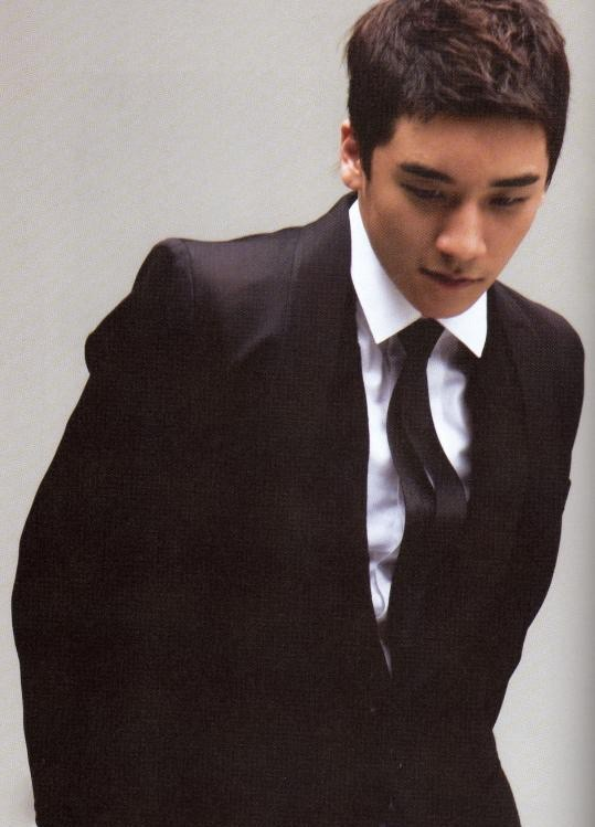 Seungri / Lee Seung-hyun Korea Actor