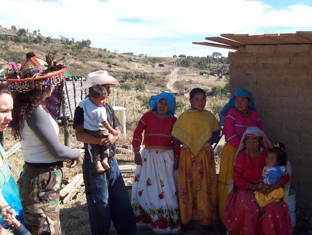 Fundacion Clinica de Medicina Indigena DIC.09 - 148556_158663830835323_100000751222696_251352_5980875_n%255B1%255D.jpg