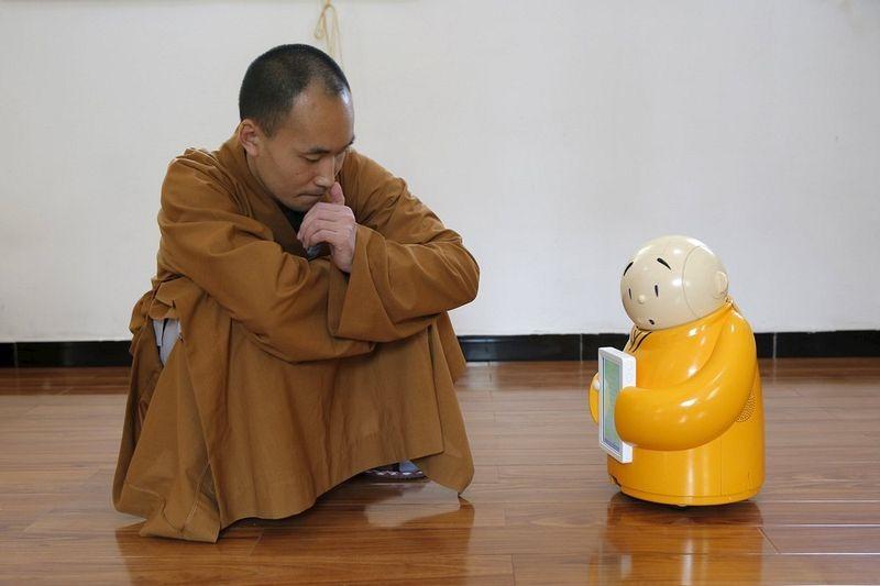 robot-monk-10