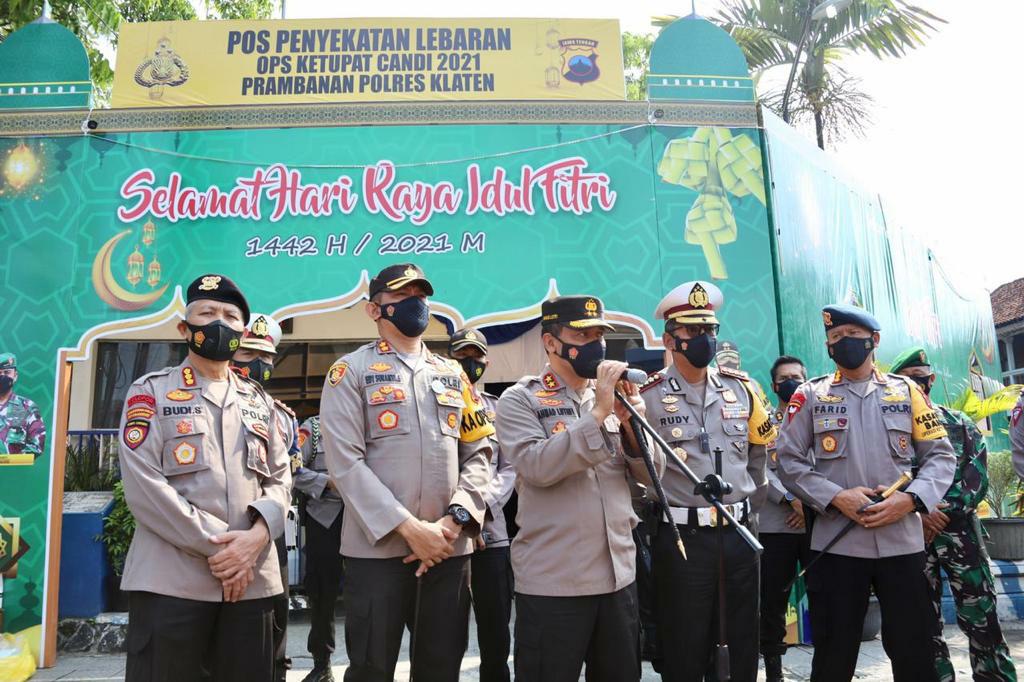 Kapolda dan Dirlantas Polda Jateng Tinjau Pospam Ops Ketupat Candi Polres Klaten di Prambanan
