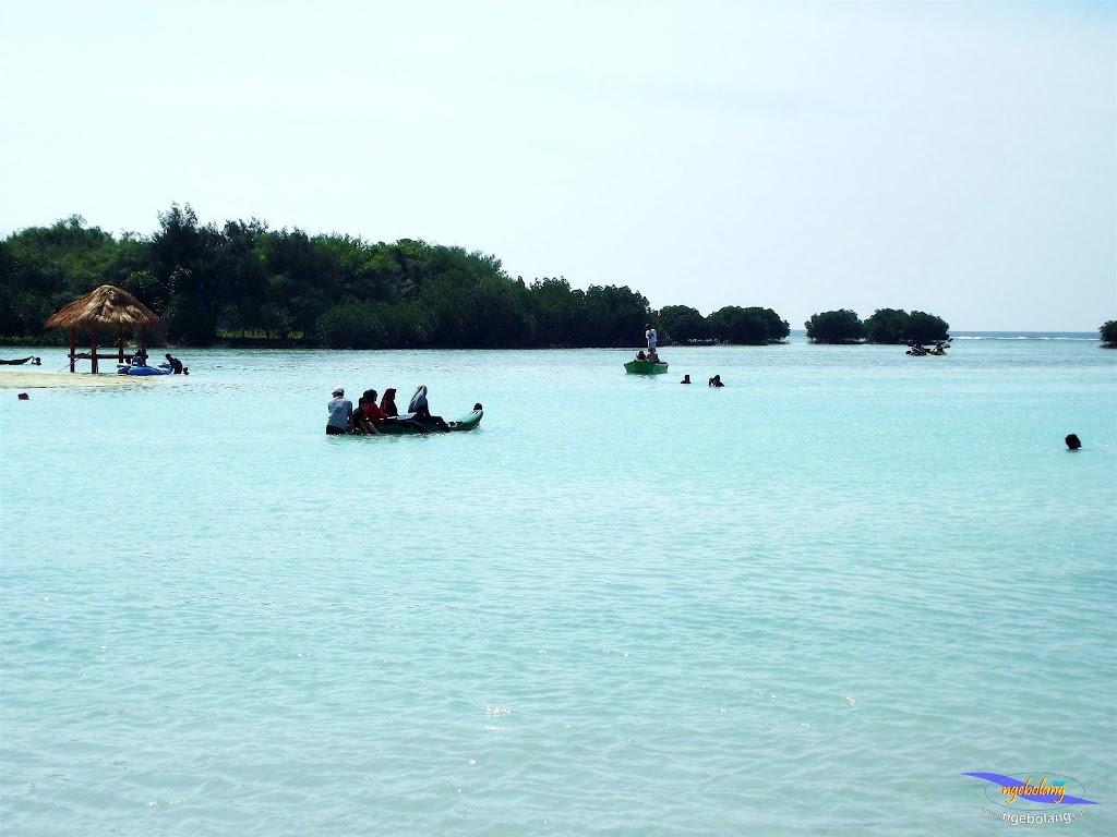 family trip pulau pari 090716 Fuji 040