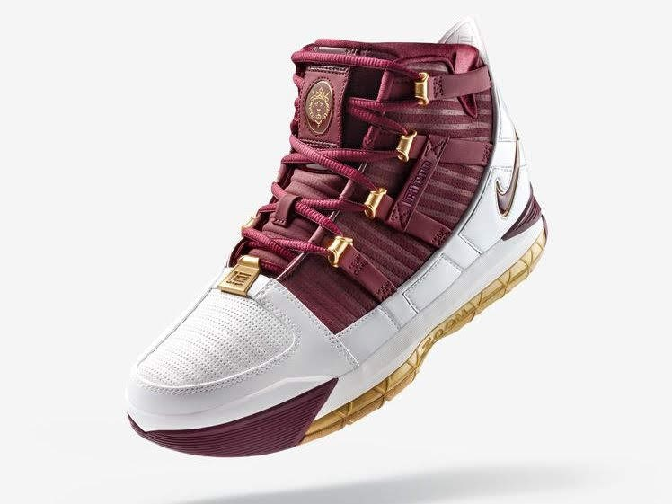 the latest a1216 ed627 Nike Drops the CTK Zoom LeBron III QS as King James Visits Queens ...