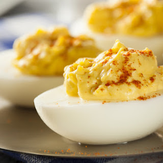 Fiery Sriracha Deviled Eggs