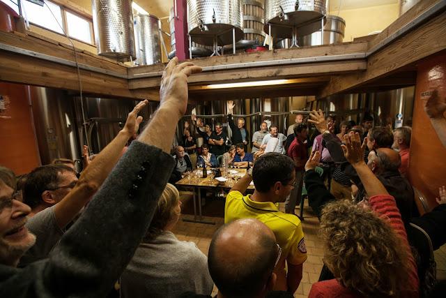 Assemblage des chardonnay milésime 2012. guimbelot.com - 2013%2B09%2B07%2BGuimbelot%2Bd%25C3%25A9gustation%2Bd%25E2%2580%2599assemblage%2Bdu%2Bchardonay%2B2012%2B154.jpg