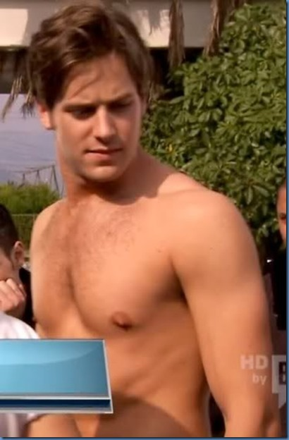 mugshot-mug-shot-Armie-Hammer-best-ever-mugshot-shirtless-naked-gay-lone-ranger-gossip-girl-mirror-hairy-chest-gq-010