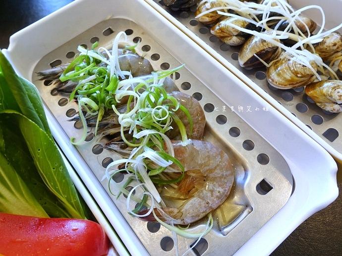 18 富呷一方 蒸物 涮鍋 悶菜 燒肉