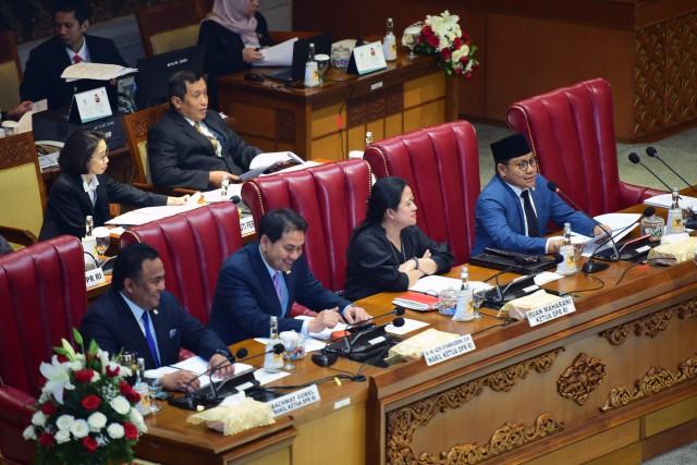DPR 2019-2024 Dicap 'Terburuk' Sepanjang Sejarah, Sahabat DPR Beri Pembelaan