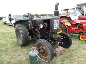2017.10.01-012 tracteur