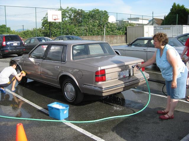 Altar Servers Car Wash 2011 - IMG_5839.jpg
