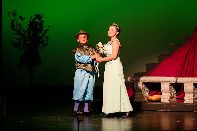 2014Snow White - 59-2014%2BShowstoppers%2BSnow%2BWhite-6070.jpg