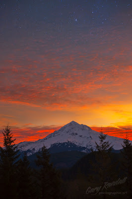 Lolo Pass, Sunrise on Mount Hood