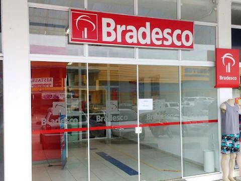 Banco Bradesco é condenado por cobrar tarifas bancárias sem autorização de cliente
