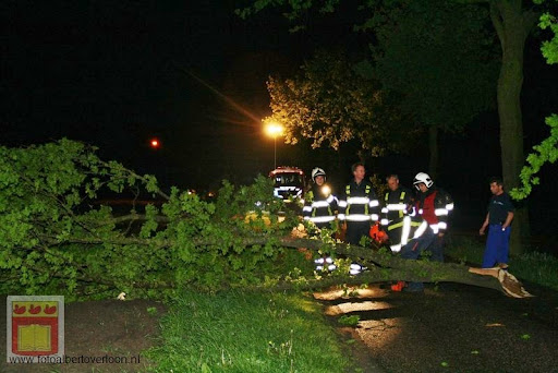 Noodweer zorgt voor ravage in Overloon 10-05-2012 (42).JPG