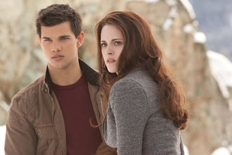 Photo: TAYLOR LAUTNER and KRISTEN STEWART star in THE TWILIGHT SAGA: BREAKING DAWN-PART 2Ph: Andrew Cooper, SMPSP© 2011 Summit Entertainment, LLC.  All rights reserved.