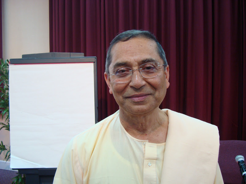 Swami Sarvadevananda, Assistant Minister, Vedanta Society of Southern California